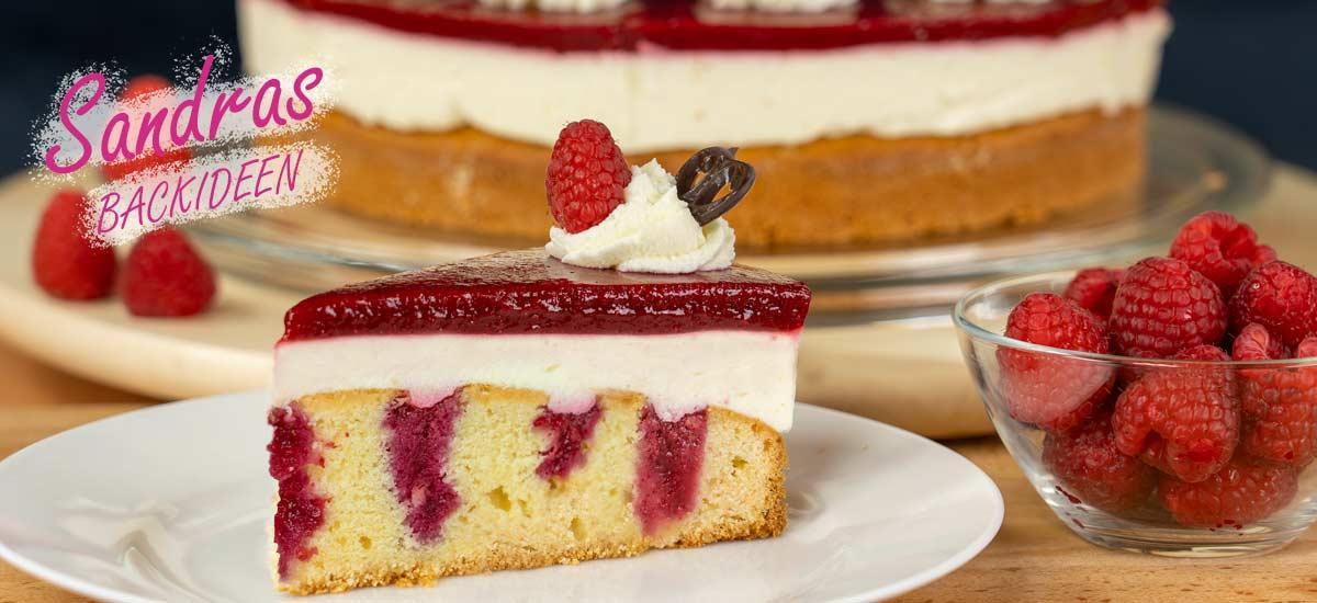 Himbeertorte mit Sahnecreme – Himbeer Poke Cake